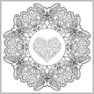 Mandala corazón y mariposas