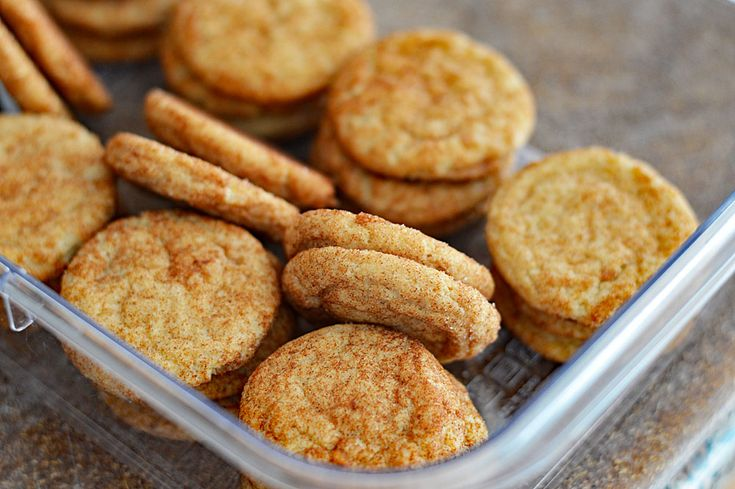 What sets these cinnamon-sugaredSoft and Chewy Vegan Snickerdoodle Cookiesis the use of baking soda & cream of tartar as leavening agents.