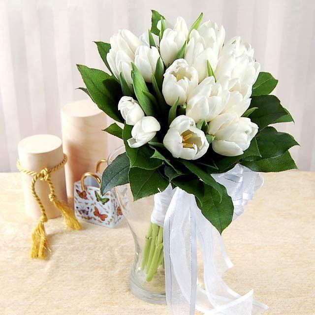 Нежнейший букет невесты из белых тюльпанов�������� #флористика#persona_flo#вашперсональныйфлорист#доставкацветовмосква#цветы#люблюцветы#flowers#флорист#florist#букет#цветыназаказмосква#красивыецветы#flowersinstagram#flowerslovers#flowerstagram#flowermagic#отрадное#цветыотрадное http://gelinshop.com/ipost/1520095683179577014/?code=BUYdvhUhf62