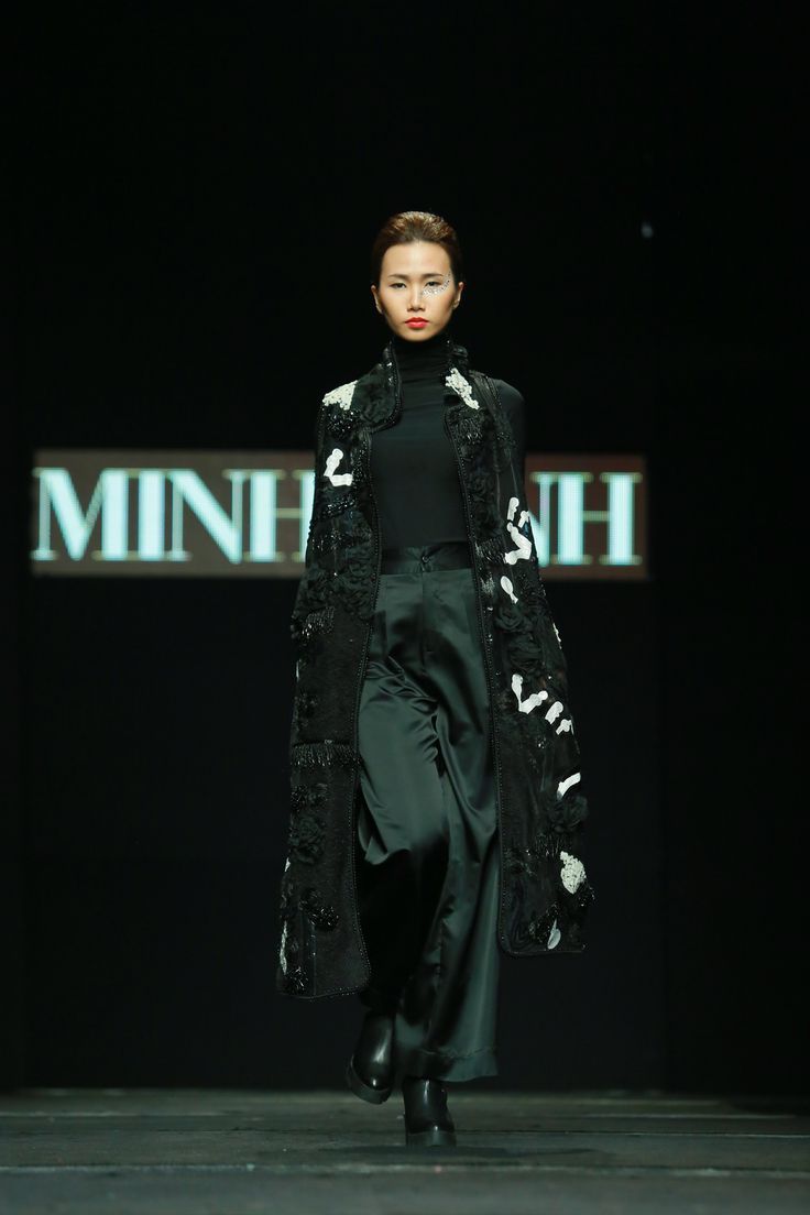Vietnam Fashion Week FW15 - Ready to wear. Designer: Minh Hanh. Photo: Thanh Dat