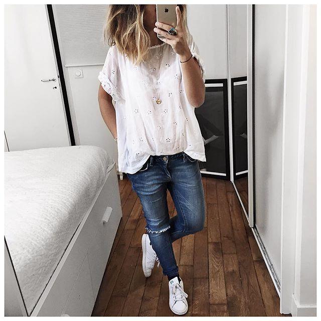 En dessous du pull du jour! • Top #masscob (last collection) • Jean #hironaeparis (on @hironaeparis) • Glitter Socks #roseanna (old) • Sneakers #stansmith (on @adidasfr) ...
