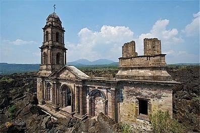 Церковь Сан-Хуан-Парангарикутиро – #Мексика #Мичоакан (#MX_MIC) Церковь, погребенная под застывшей лавой. http://ru.esosedi.org/MX/MIC/1000194223/tserkov_san_huan_parangarikutiro/