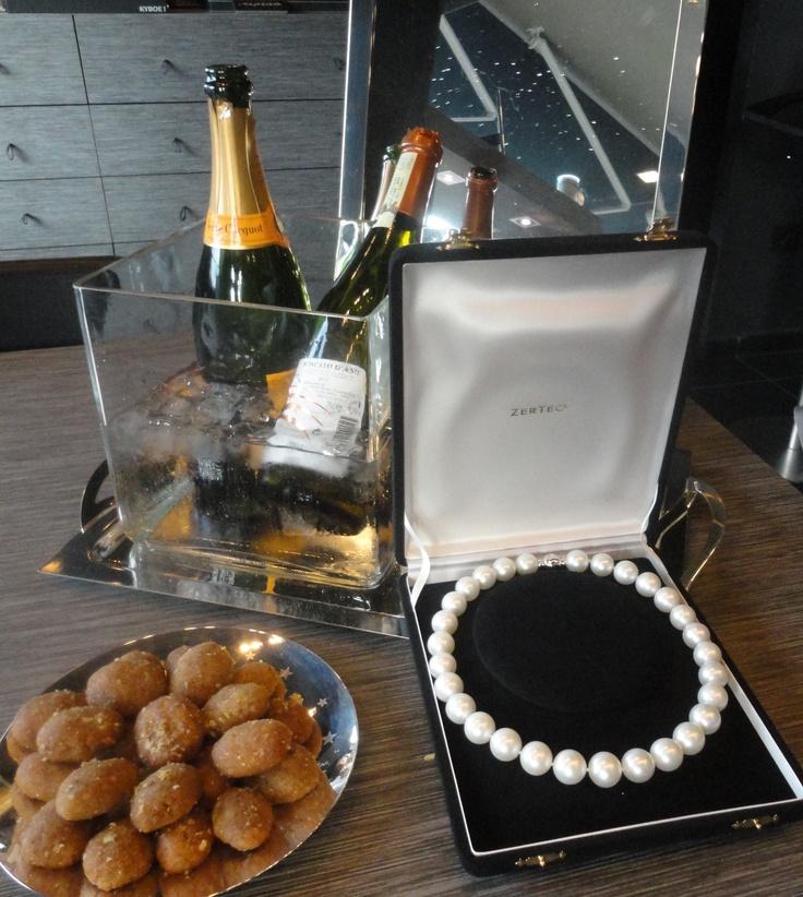 Champagne and South Sea Pearls @ zerteo!Sea Jewelsni, Sea Pearls, South Sea