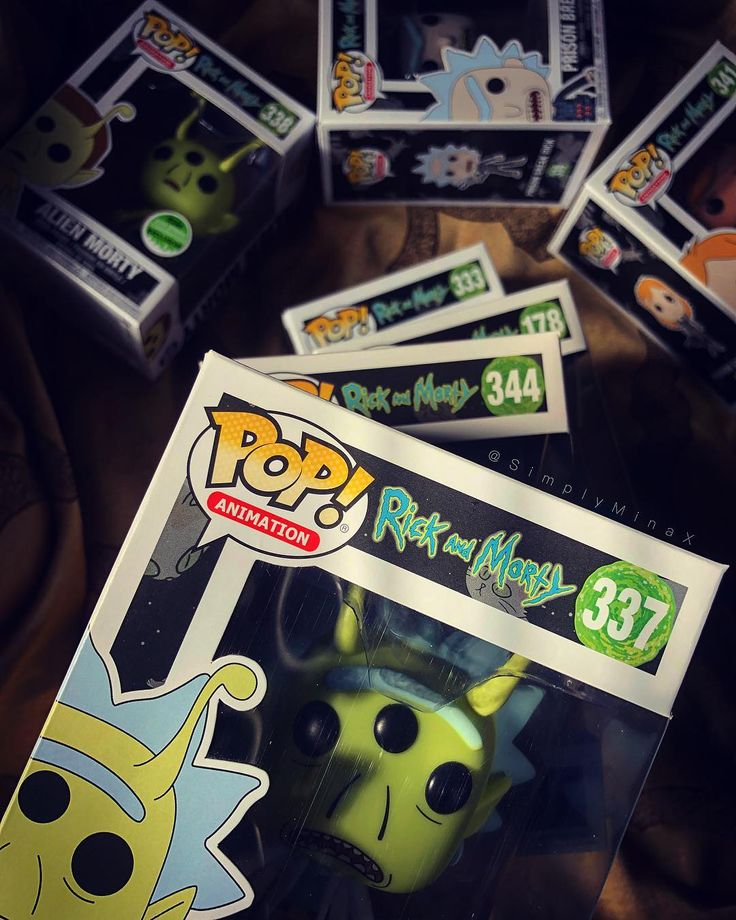 If your following my stories then you know that some of my Funko Pops arrived yesterday.... I love all of them...Especially my Rick & Morty Pops...I really want to collect them all! I also would love to complete The Lord Of The Rings & I just need 1 more to complete my Jurassic Park Collection . . . . . #beautiful #monsterhunter #nierautomata #sonic #gamer #dragonballz #ps4 #kingdomhearts #xbox #nintendo #zelda #pokemon #funkopop #xboxone #rickandmorty #monsterhunter #callofduty #blackops…