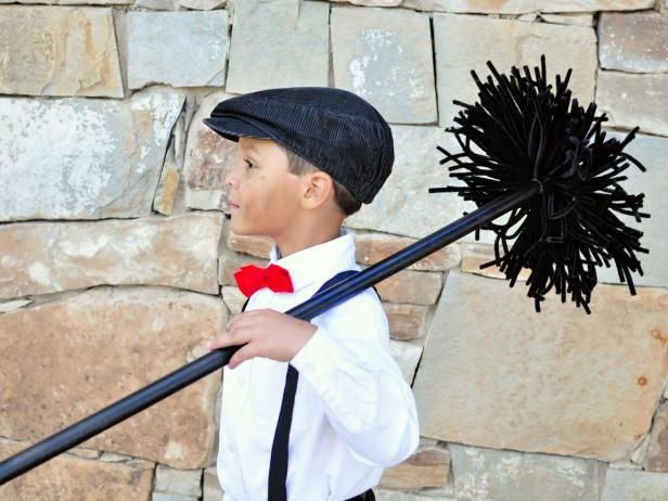 This chimney sweep Halloween costume is cute as can be and easy too! Get the instructions from DIY Network.