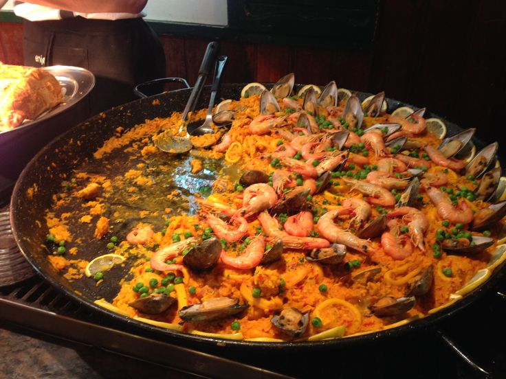 We had this delicious Seafood Paella for dinner on the Latin American Night at the Cuckoos Restaurant.