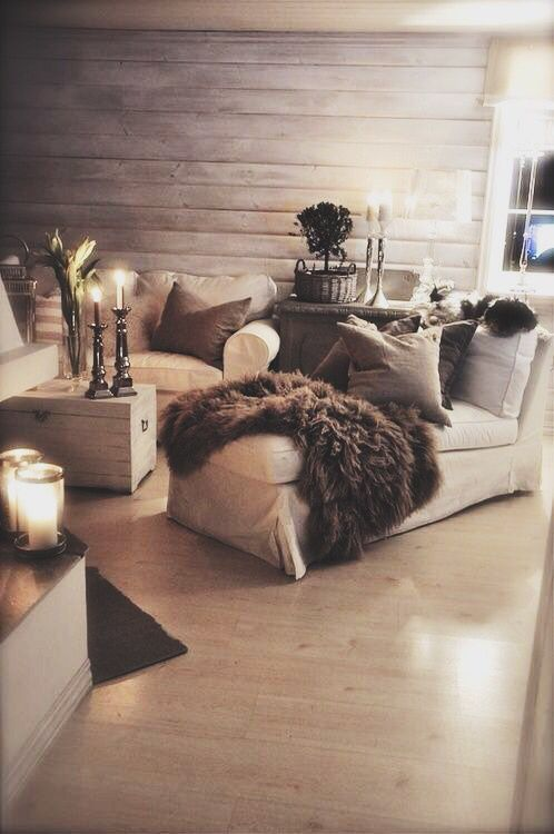 Freddo in arrivo e voglia di una casa super calda ed accogliente? Puntate sull'effetto cozy per il vostro living. Ecco come ottenerlo.  Se sul calendario manca ancora un bel po' all&