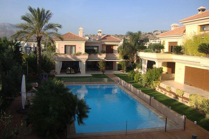 Συγκρότημα τριών κατοικιών στη Βάρη | vasdekis