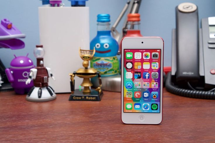 Great gadget, small audience: The sixth-generation iPod Touch reviewed