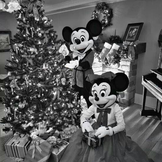 344 best A Disney Christmas images on Pinterest | Disney christmas ...