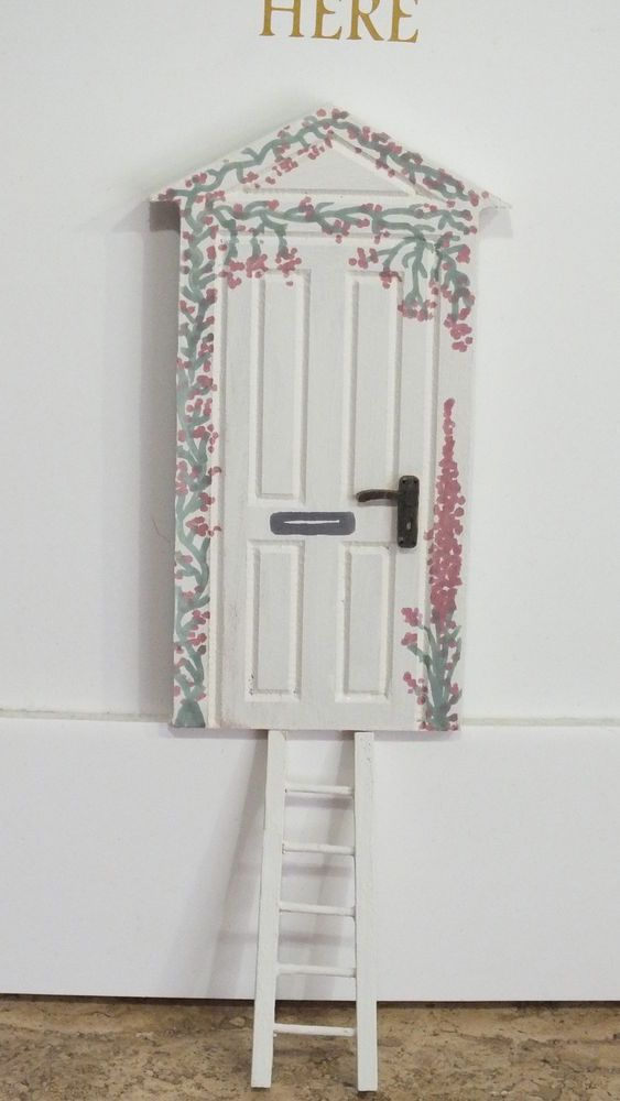 127 best images about fairy doors on pinterest post for Painted fairy doors
