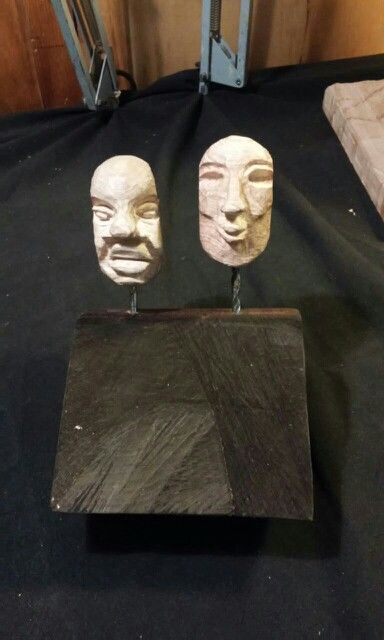 Puppets' heads -acacia wood-