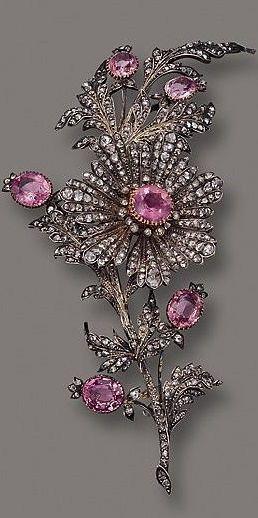 PINK TOPAZ AND DIAMOND FLOWER BROOCH, CIRCA 1890