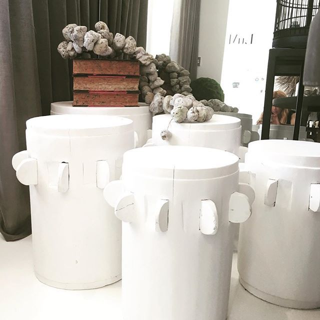 Absolutely loving these matte white sugar grinder cog stools that have just arrived in store today. Lots of different heights and widths to choose from to perfectly suit your space. Great, solid little piece and super elegant as a side table. Also available in matte black. 14 Transvaal Ave, Double Bay www.lumuinteriors.com