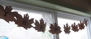 Thankful banner, from traced maple leaves and recycled paper grocery bags.: Leaves Tricks, Plastic Bags, Brown Bags, Grocery Bags, Favorite Creations, Recycled Paper, Paper Grocery, Maple Leaves, Tracing Maple
