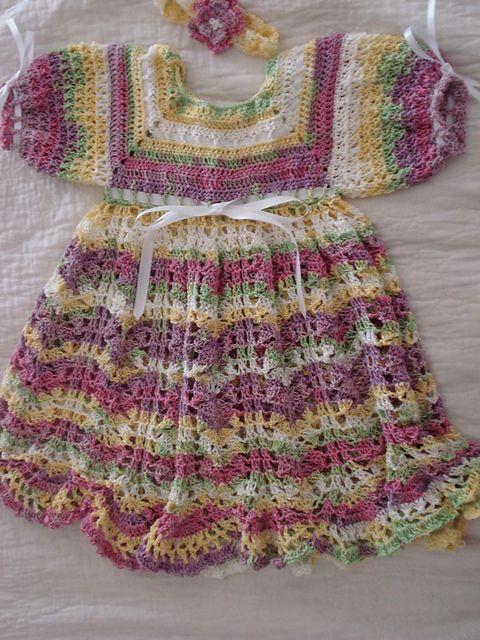 http://www.ravelry.com/projects/crochetsarah/pistachio-baby-dress-4