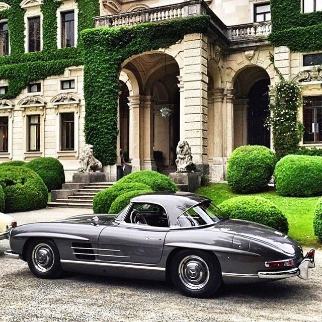 300 SL Coupe, Photo by @cfcogan (by: mercedesbenzmuseum )