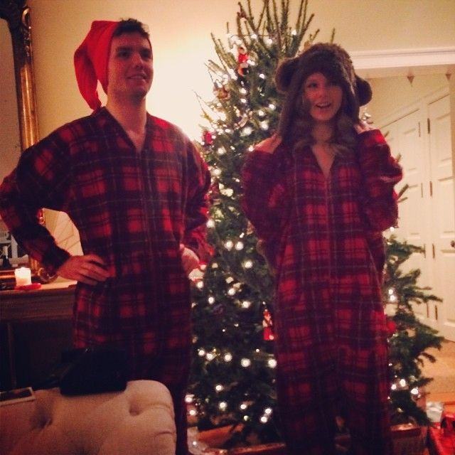 Taylor Swift & Austin Swift in Christmas onesies