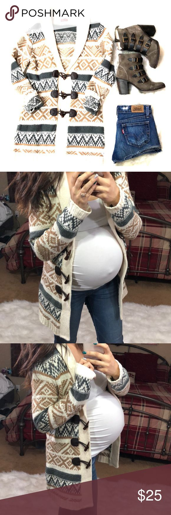 Merona tribal print cardigan Euc size small. Can be worn with anything. Worn during pregnancy. Bundle and save on shipping as I discount bundles Merona Sweaters Cardigans