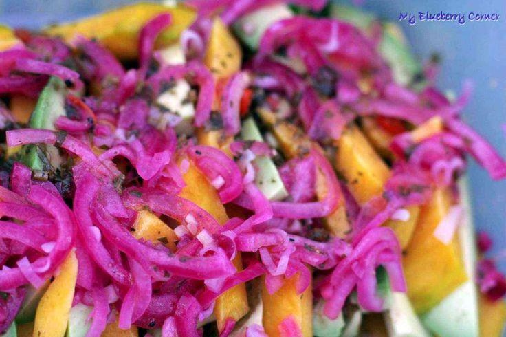 Egzotyczna sałatka z awokado i mango - My Blueberry Corner
