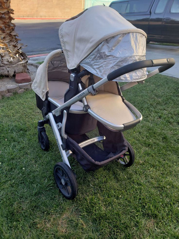 Uppababy Vista 2015 Lindsey (wheat) with upper and lower