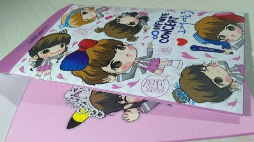 Packaging Pick Me Paper Doll