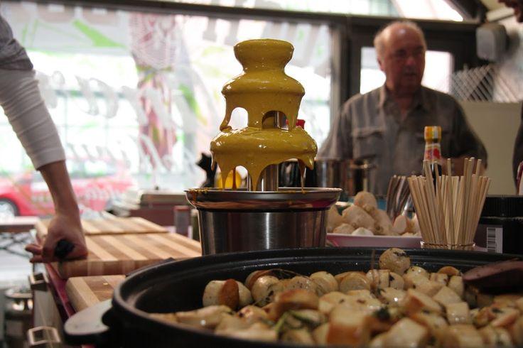 Currywurstbrunnen by @Kochbox #Berlin  www.gastro-le.de