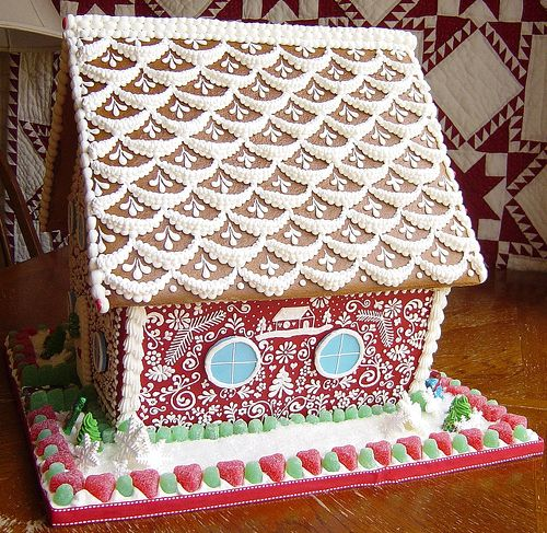 The best gingerbread house designs home design and style for Gingerbread house plans