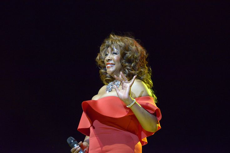 Mary Wilson performing at Portsmouth Guildhall for Portsmouth Festivities 2017