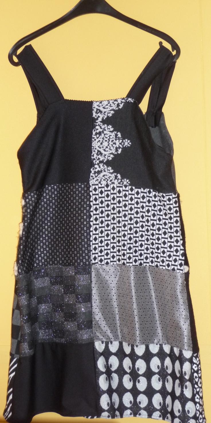 By BORG achterkant Black & White Dress