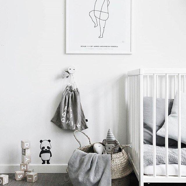 Personlig Födelsetavla är en serie unika och tidlösa födelsetavlor som får dig att minnas hur litet barnet var när det föddes. SKAPA FÖDELSETAVLA