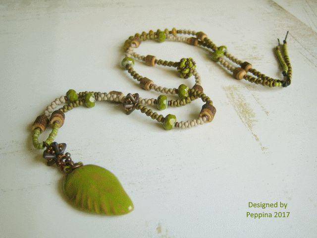 Ceramic leaf by Elukka. Necklace designed by Peppina.