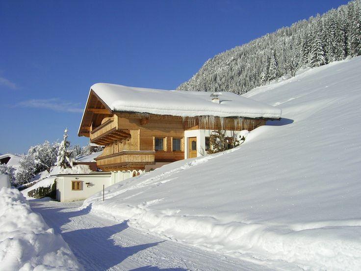 Een Winters Balkon : 48 besten häuser alpin balkone bilder auf pinterest balkon