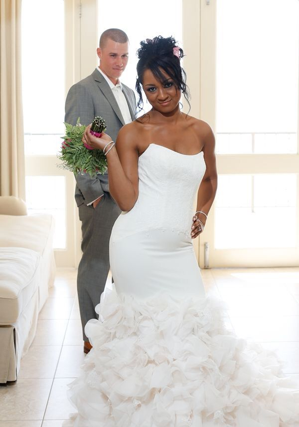 swift black women dating site Op - what is the best interracial dating site for a black woman to meet a white man traditionally speaking, i never did care for online dating sites but i perused.