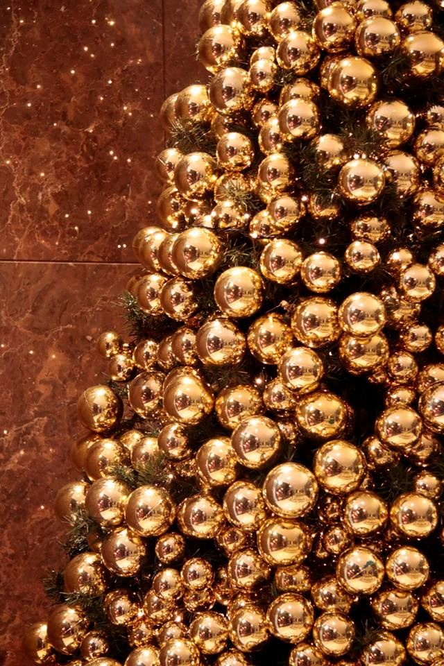Five Star Holiday Decor Part - 21: Going For The Gold At @Mandy Dewey Seasons Hotel Ritz Lisbon. Going For GoldLuxury  HolidayFour ...