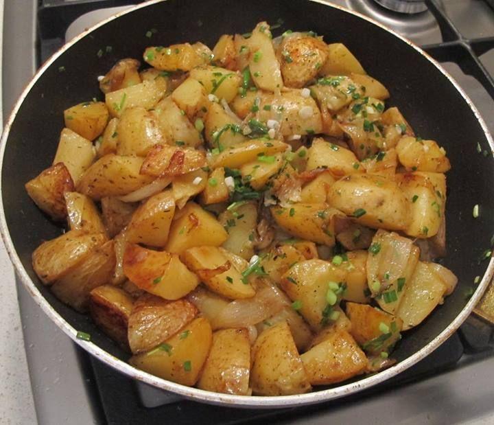 Póréhagymás  baconös burgonya – egyszerű és tápláló egytálétel!