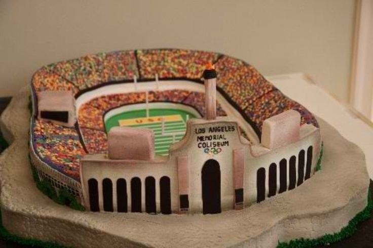 """USC alum Eric Ladin, star of AMC's """"The Killing,"""" is a die-hard Trojan football fan, so his wife surprised him with a Coliseum wedding cake. Great wife, even better cake..."""