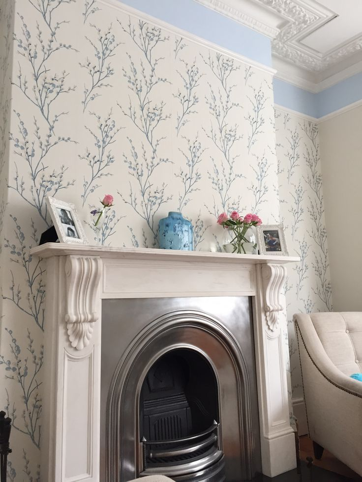 1000 images about living room on pinterest laura ashley for Grey lounge wallpaper