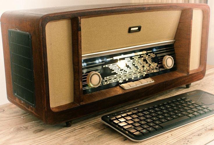 Steampunk Computer Pc Inside An Vintage Wooden Radio Box