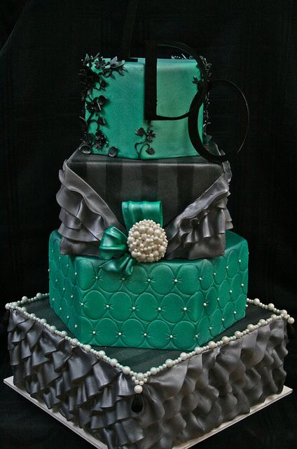 4 tier green & black cake