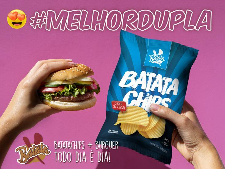Chips + Burguer? #melhordupla!!! TODO DIA É DIA!!! saborosa e 100% natural = Batata X  #batatachips #hamburguer #melhordupla #delicioso #batatax #batatapalha #delícia #hotdog #cachorroquente #strogonoff #batata #batatafrita #salpicão #escondidinho #batatarecheada #chip&dip #batatachips #fome