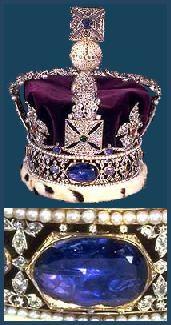 Corona Imperial de Estado: Gran Zafiro de Carlos II, situado en la parte posterior de la corona. Originalmente ocupaba el lugar donde hoy se encuentra el Cullinan II. Propiedad de la Casa Real de Escocia durante siglos, parece que perteneció al Rey Alejandro II de Escocia, que lo puso en su corona para su coronación en 1214. Eduardo I de Inglaterra tomó el Zafiro y la Piedra de Scone en 1296, durante su invasión de Escocia. Su nieto Eduardo III se lo devolvería a su cuñado David II de…