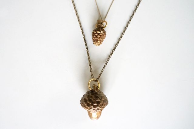 Gilded acorn pendant diy thanksgiving pinterest for Acorn necklace craft