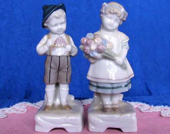 1910s set of German Boy Girl Antique Goebel children