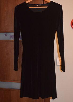 Kup mój przedmiot na #Vinted http://www.vinted.pl/kobiety/krotkie-sukienki/7646420-aksamitna-czarna-sukienka