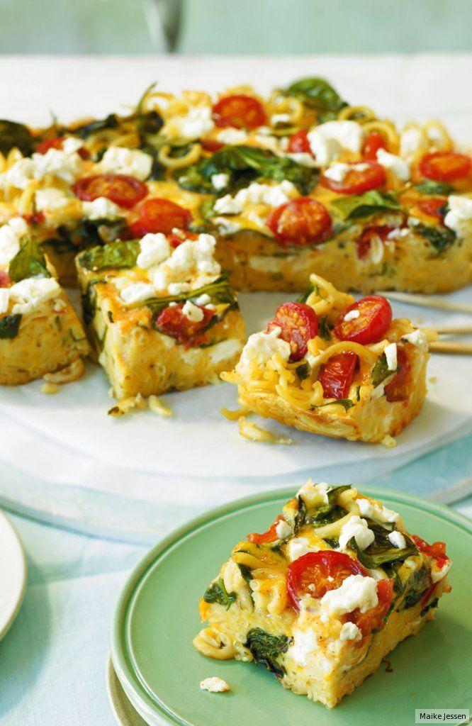 Praktisch vorzubereiten. Und mit Feta, Spinat und Tomaten ein echter Sommerhit.
