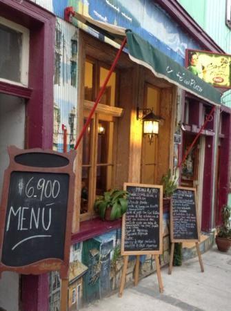 Vista lateral del Café del Pintor