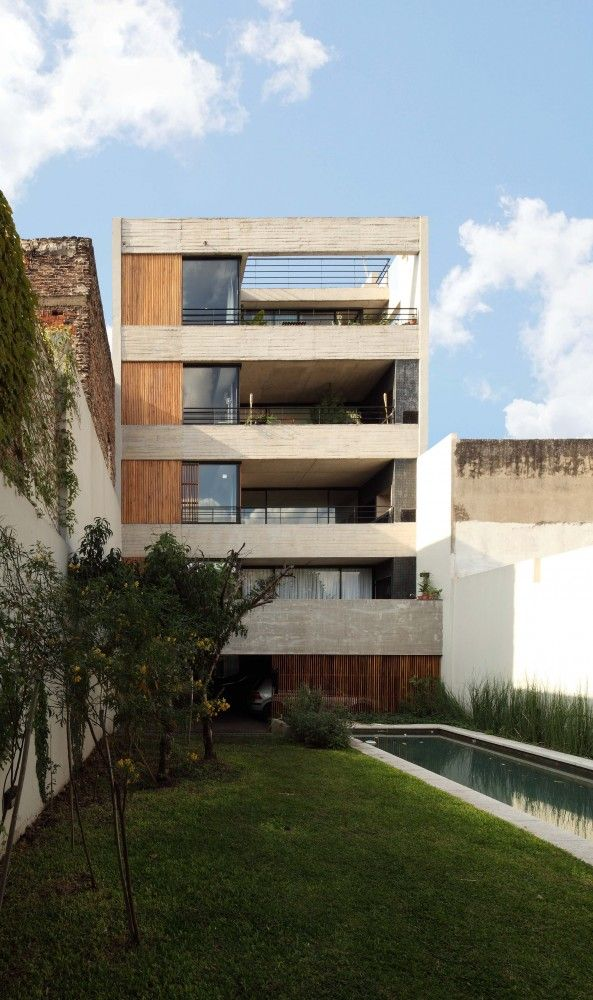 Dos Patios / RDR Arquitectos