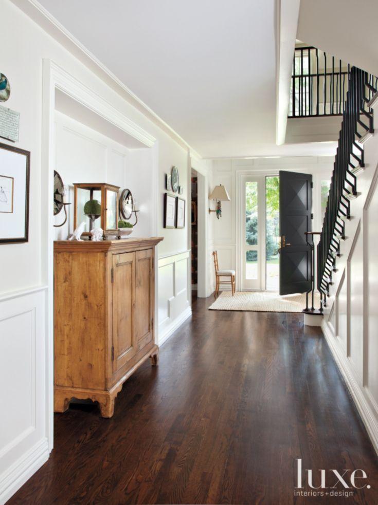 78 idee n over oude dressoirs op pinterest oud huis versieren huis decoraties en upcyclebare - Houten vloer hal bad ...