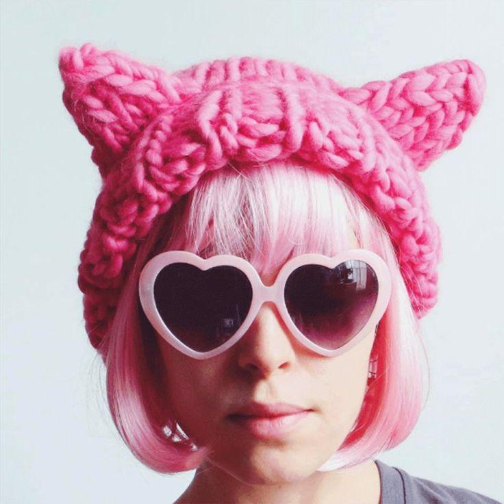 Pussy Hat : Le bonnet rose tricoté pour le droit des femmes The pink hat knitted for women's rights